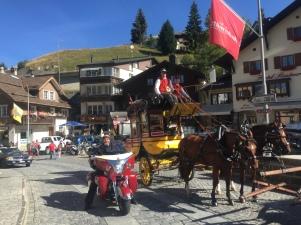 Indian Roadmaster vs Gotthard Postkutsche