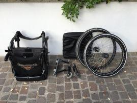 Der zusammenklappbare Stuhl der Marke ProActive Traveler