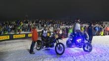 Extra für solche Schnee-Rennen aufgefrittete Harleys drücken mit fetten 130 PS und mehr. (Quelle Motorradonline, Thorsten Dentges)