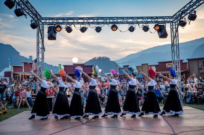 Western-Shows gehören zum Trucker & Countryfestival, wie das Salz in der Suppe
